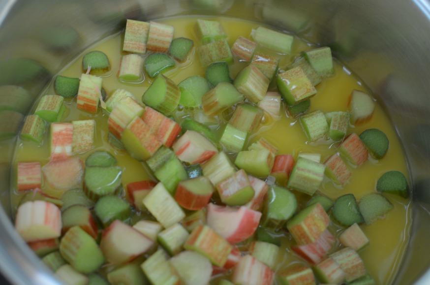 diced rhubarb, orange juice