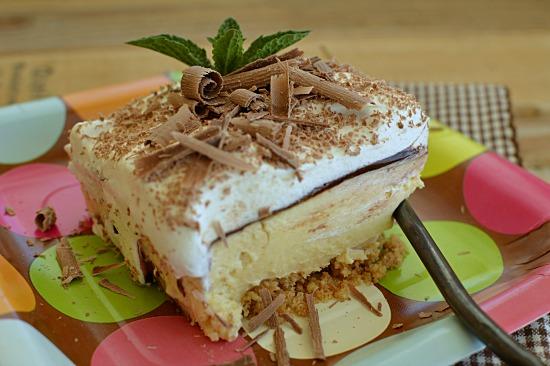Chocolate Banana Cream Cheese Pie!