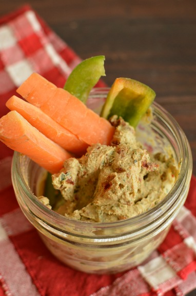 An addictive dip, delicious with veggies, crackers or pita chips!
