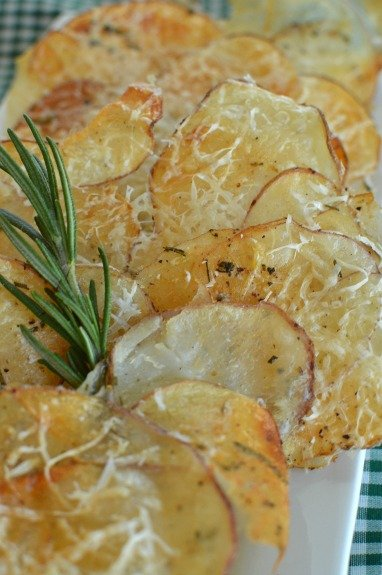 Baked Rosemary and Parmesan Potato Chips!
