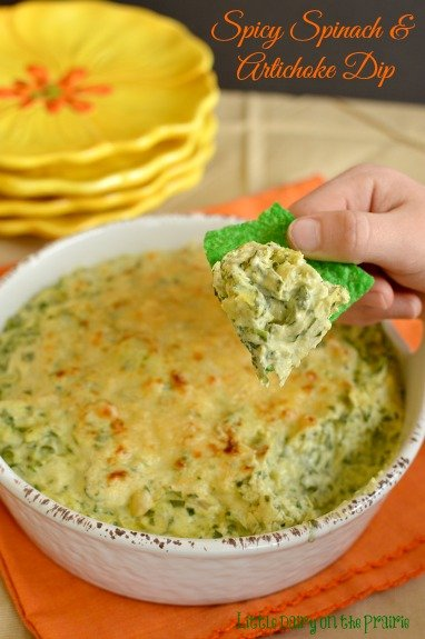 A creamy dip full of flavor!