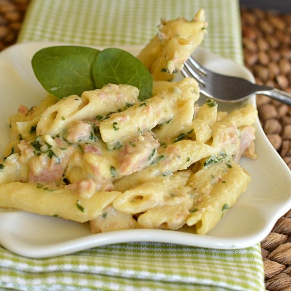 Ham and Spinach Macaroni and Cheese!!!