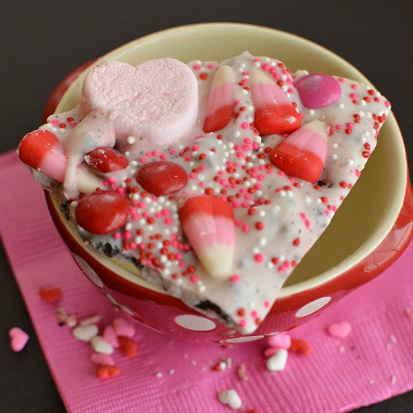 Strawberries & Cream Valentine's Day Bark!!!