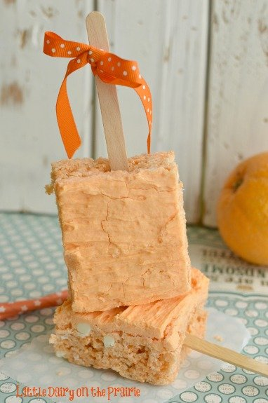 A fun spin on a favorite frozen treat without the melty mess!  Little Dairy on the Prairie