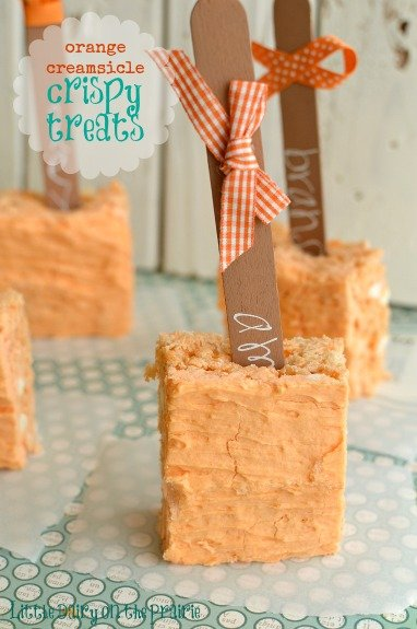 Orange Creamsicle Cripsy Treats might be my new favorite crispy treats!  Little Dairy on the Prairie