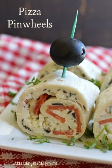 Pizza Pinwheels are the perfect after school snack, lunchbox treat or appetizer!  Little Dairy on the Prairie