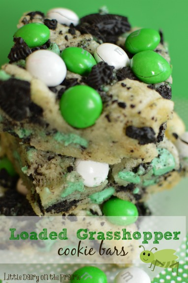 Loaded Grasshopper Cookie Bars! Overload of minty goodness in every mouth watering bite! Throw a batch together in no time! - Little Dairy on the Prairie
