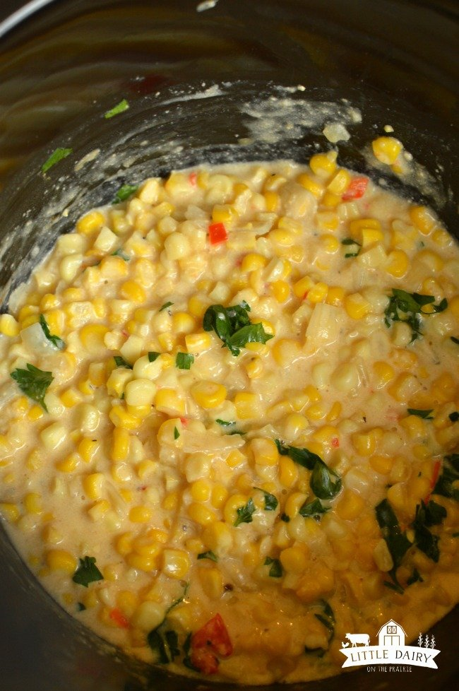 Slow Cooker Cheesy Creamed Corn 1