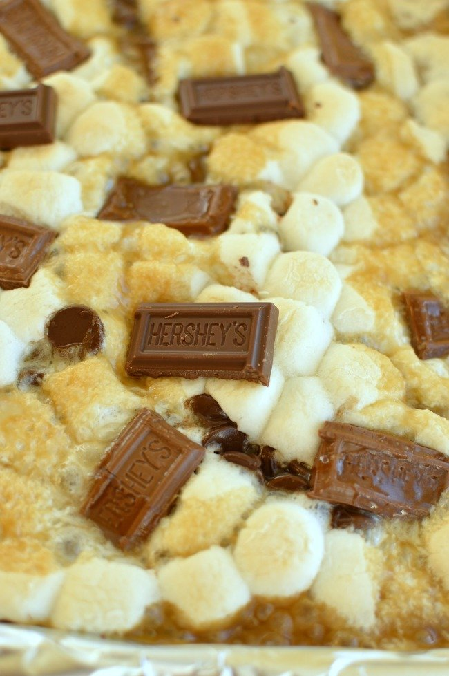 graham cracker crack candy with marshmallows