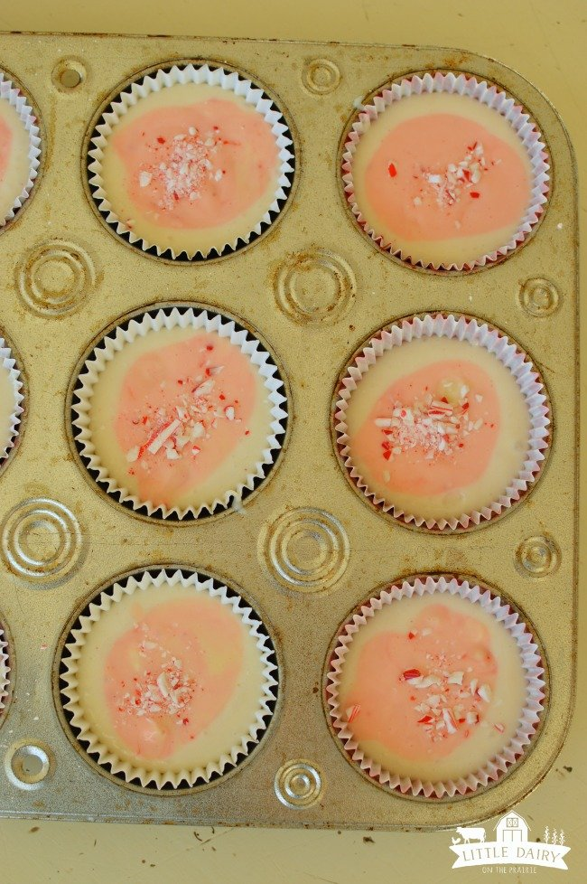 candy-cane-cupcakes-5