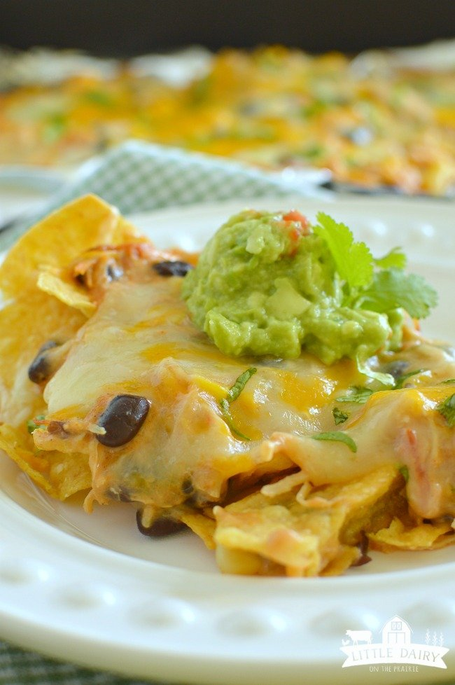 slow-cooker-creamy-chicken-nachos