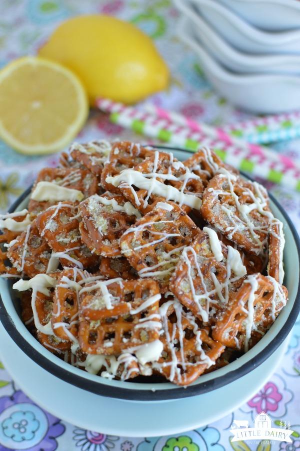 Lemon Sugar Pretzels - a fun spring snack!
