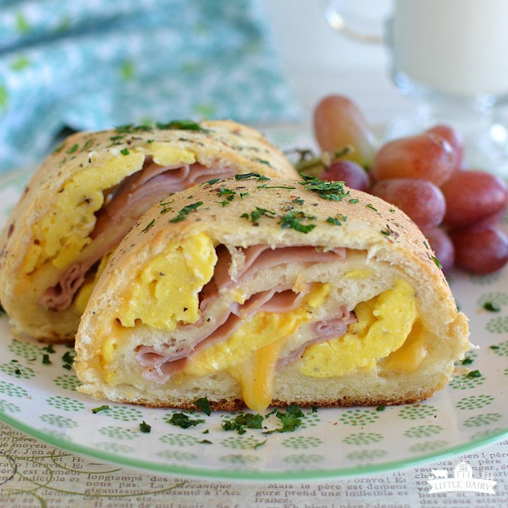 Ham, Egg, And Cheese Breakfast Rolls