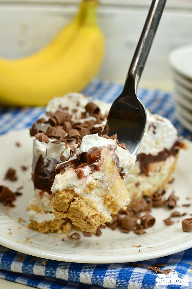 Chocolate Banana Cream Pie is an easy no bake dessert recipe