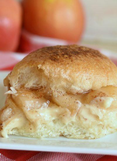 Caramel Apple Cheesecake Sliders - featured image