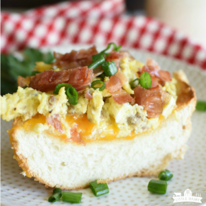 French Bread Breakfast Pizza -Featured image