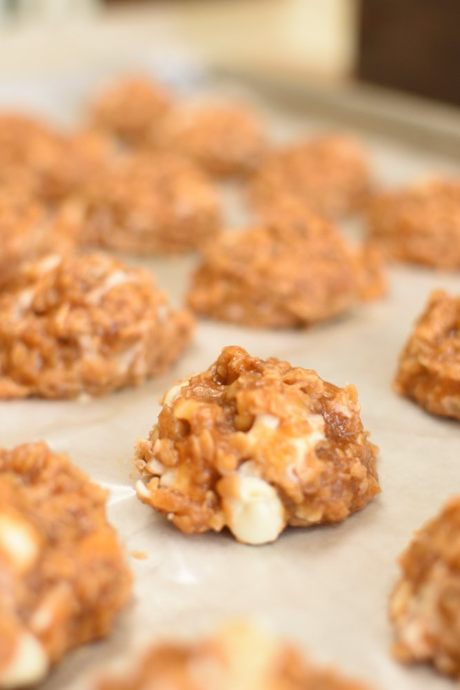 Pumpkin Spice No Bake Cookies- easy cookies