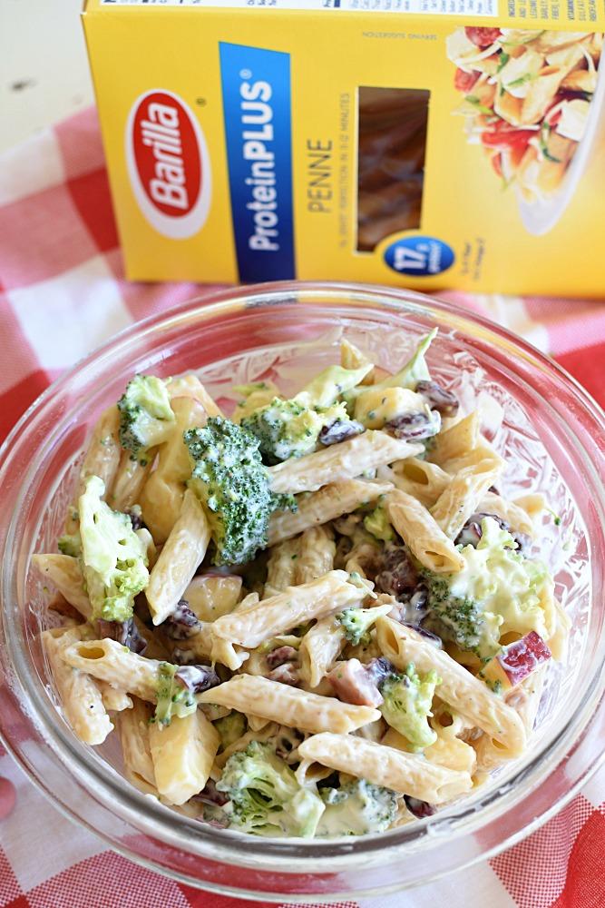Broccoli Pasta Salad - Yummy fall salad