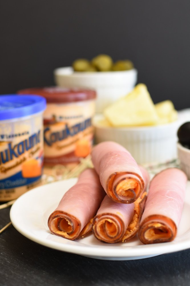 Easy Ham and Cheese Roll-Ups - appetizer