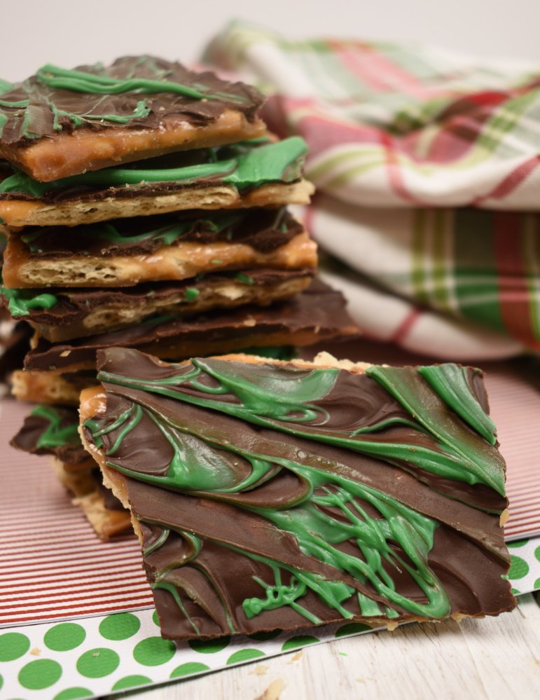 Mint Christmas Crack - easy Christmas Candy