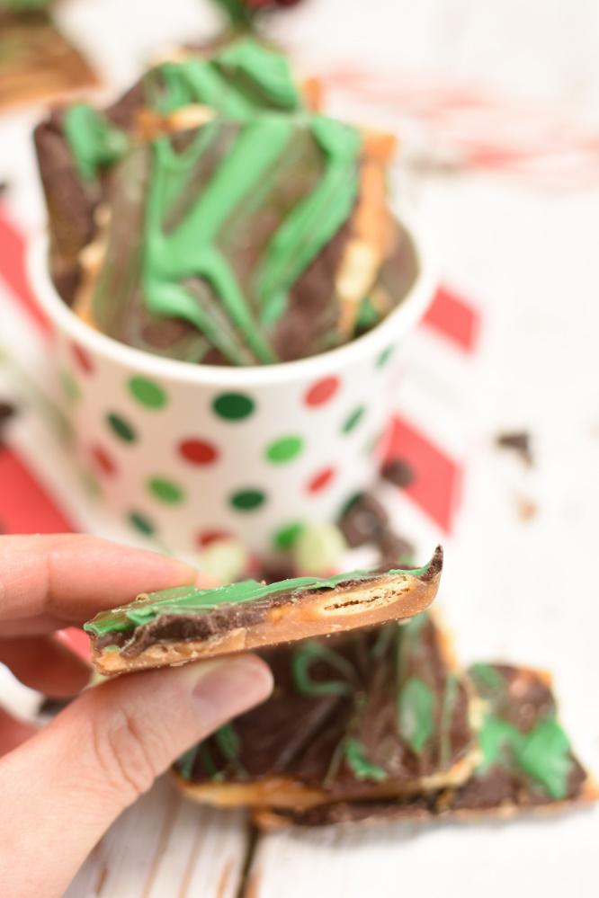 Mint Christmas Crack - easy dessert