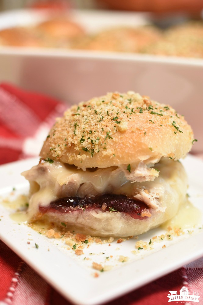 Turkey Cranberry Sliders - thanksgiving leftovers