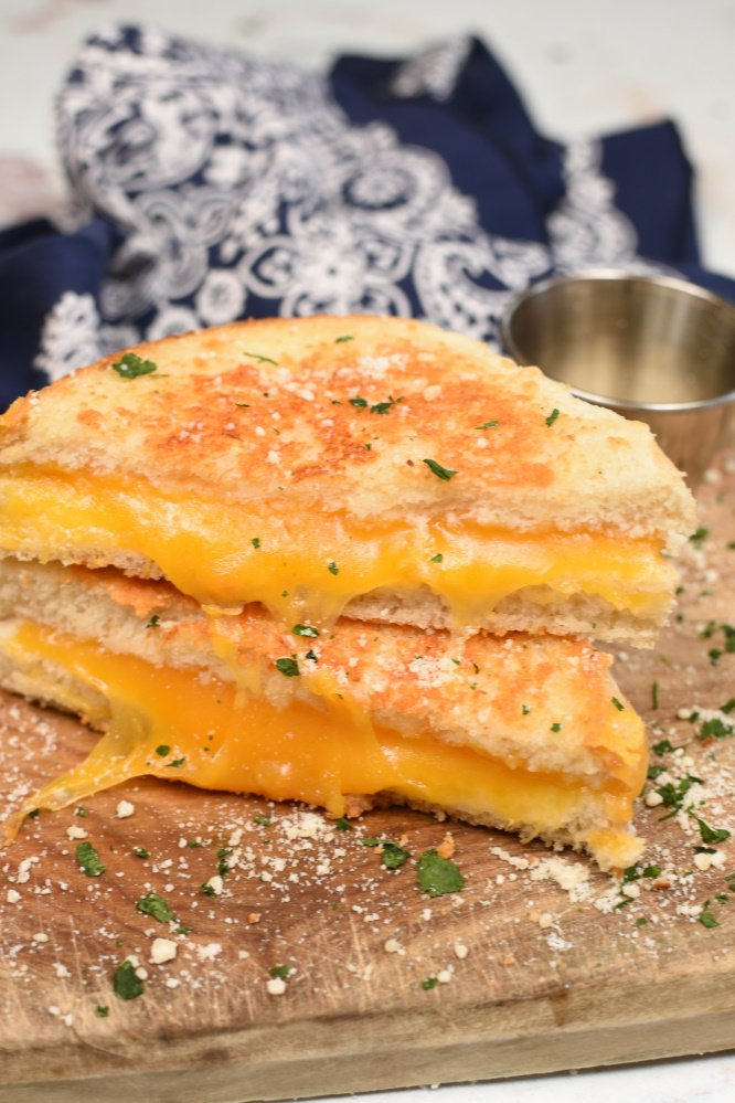 Parmesan Crusted Grilled Cheese Sandwich- easy meal