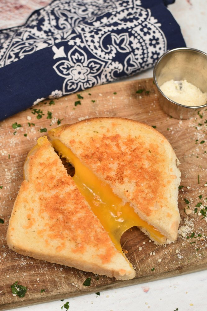 Parmesan Crusted Grilled Cheese Sandwich- you know you want it