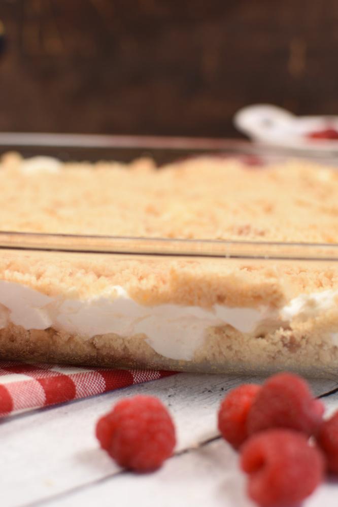 Raspberry Cheesecake Dessert - an easy dessert