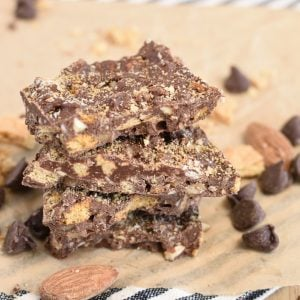 Easy Graham Cracker Toffee Bar - chocolate candy