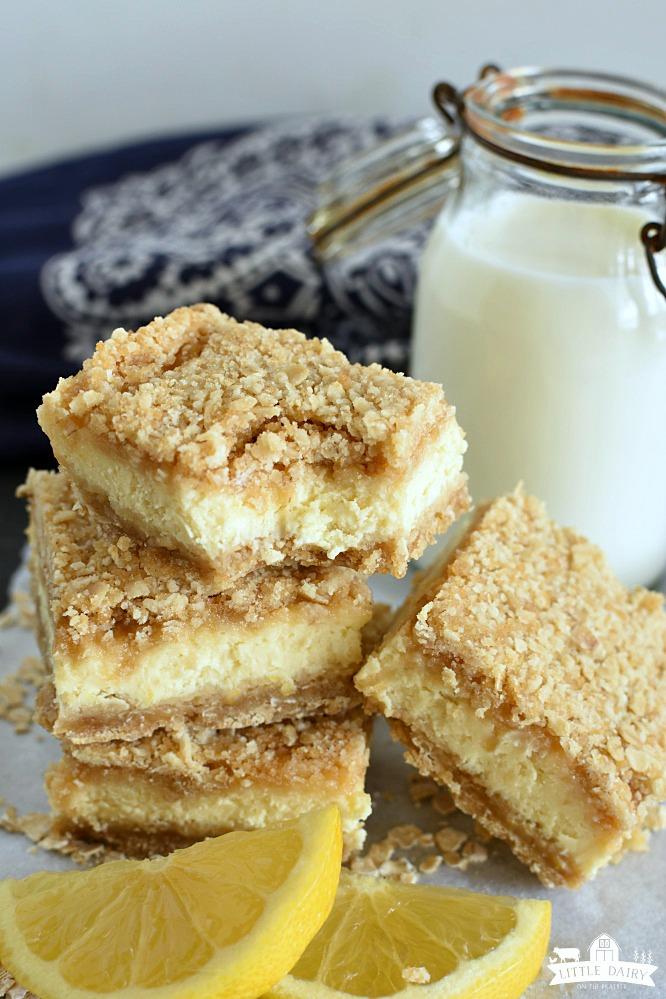 Lemon Cheesecake Crumb Bars- an easy dessert
