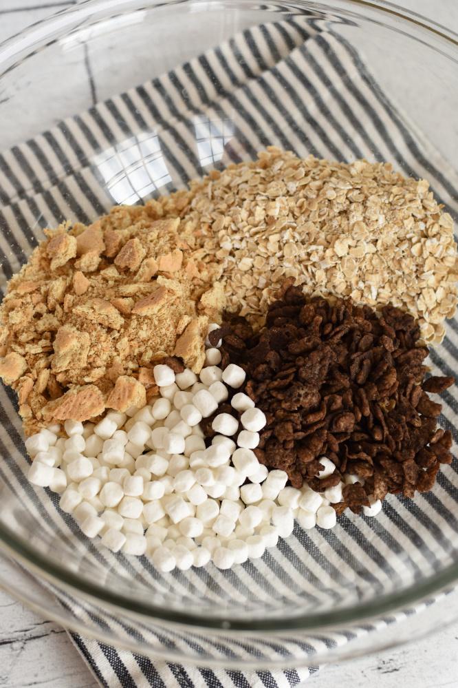 S'mores Energy. Bites- dry ingredients