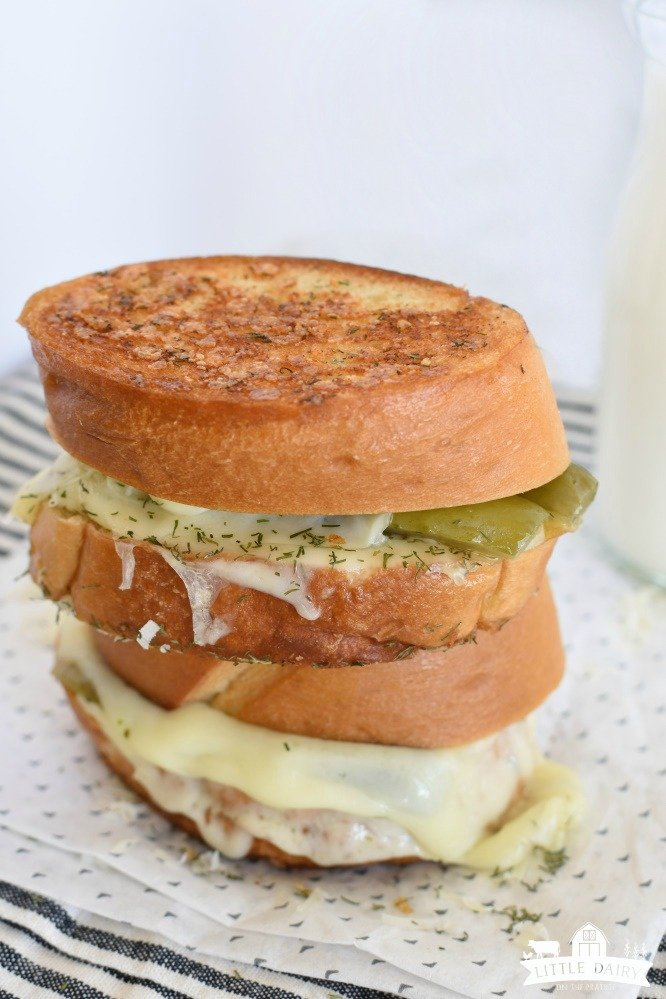 Dill Pickle Grilled Cheese Sandwich - an easy lunch