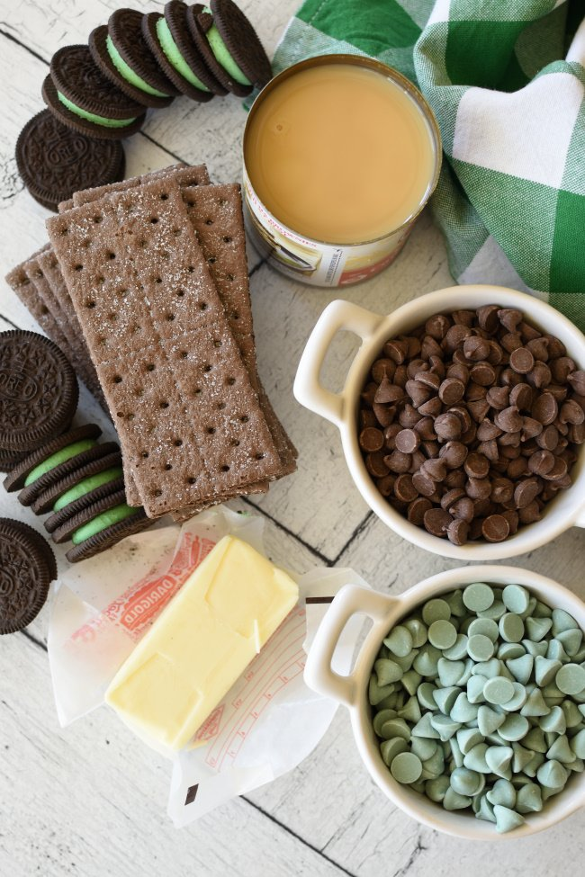 ingredients needed to make mint chocolate magic bars