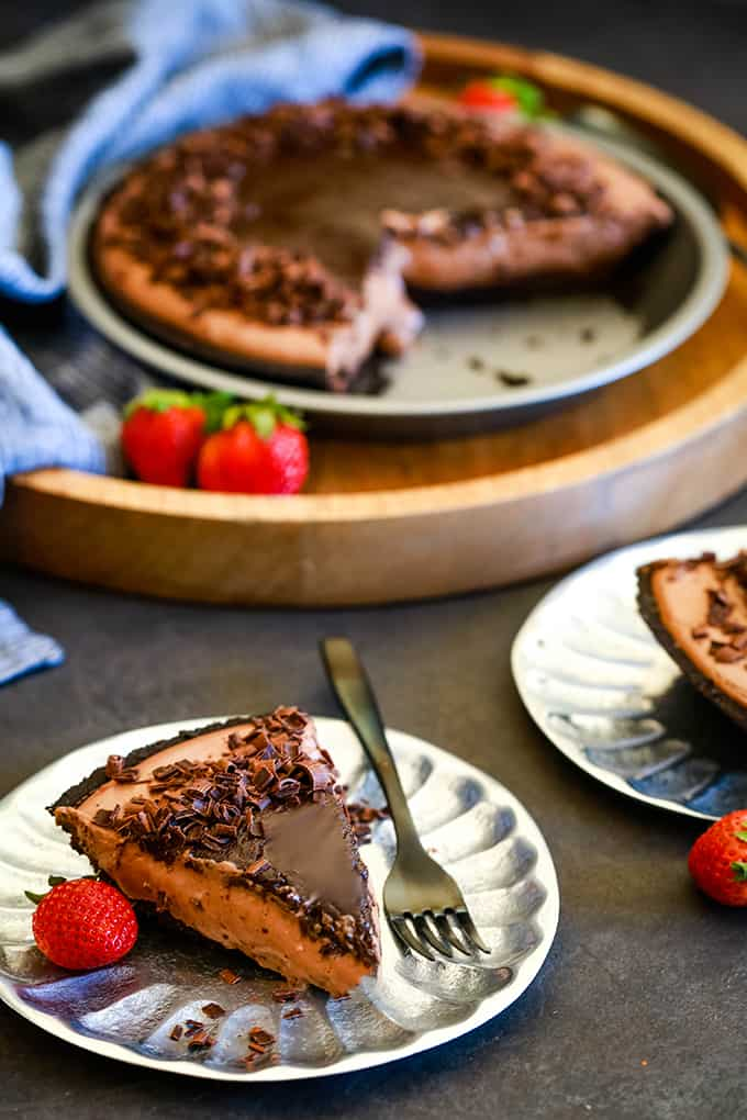 a slice of chocolate cheesecake on a plate