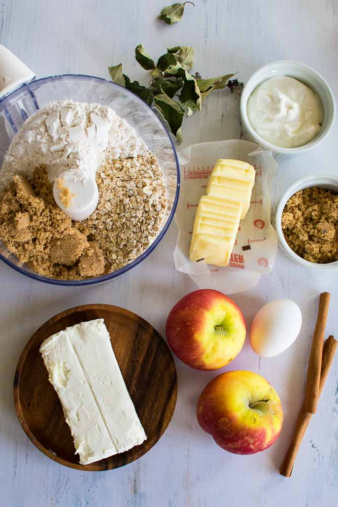 ingredients used to make apple crumb cheesecake bars