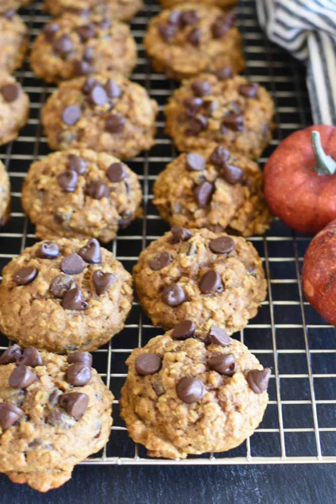 a cooling rack with baked cookies on it